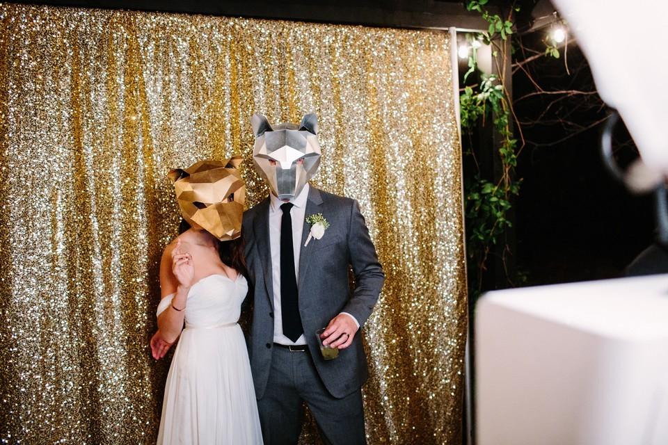 Fotozuil-huren-bruiloft-lachjelens-fotobooth